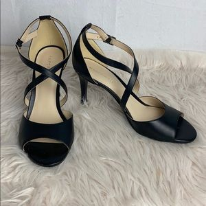 NWOT Marc Fisher Black heels